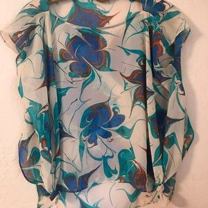 Tops - Beautiful top from Macy's. One size